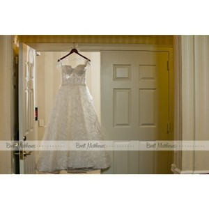 Pnina Tornai White 4012 Feminine Wedding Dress Size 6 (S)