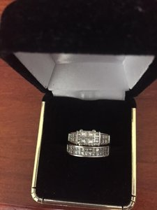 Zales White Gold and Diamonds 1 1/4 14k Set 1.72 Ct Si1 Engagement Ring
