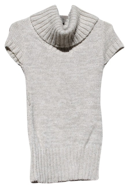 Preload https://item3.tradesy.com/images/forever-21-oatcream-dress-sweaterpullover-size-2-xs-548232-0-0.jpg?width=400&height=650