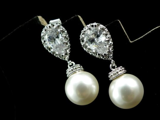 White-ivory Pearl Cubic Zirconia Sterling Silver Post Swarovski Pearls White/ Ivory Bridesmaid Earrings