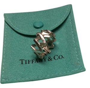 Tiffany & Co. Tiffany & Co. Hugs and Kisses Ring