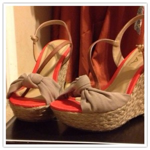 Mia Shoes Beige Wedges
