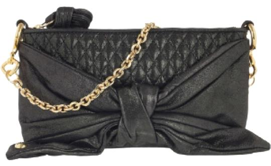 Preload https://item3.tradesy.com/images/juicy-couture-black-leather-clutch-5484907-0-0.jpg?width=440&height=440