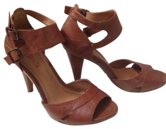 Kenneth Cole Whiskey Sandals