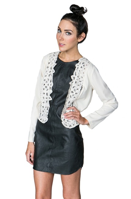 Line & Dot Lace And Top Off white Jacket