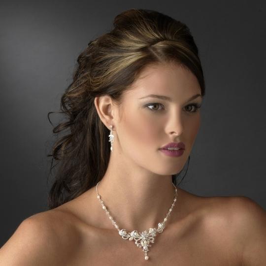 Preload https://item2.tradesy.com/images/elegance-by-carbonneau-silverivory-pearl-and-crystal-jewelry-set-54871-0-0.jpg?width=440&height=440