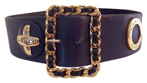 Chanel RARE VINTAGE CHANEL '93P BLACK LEATHER STATEMENT BELT GOLD PLATED