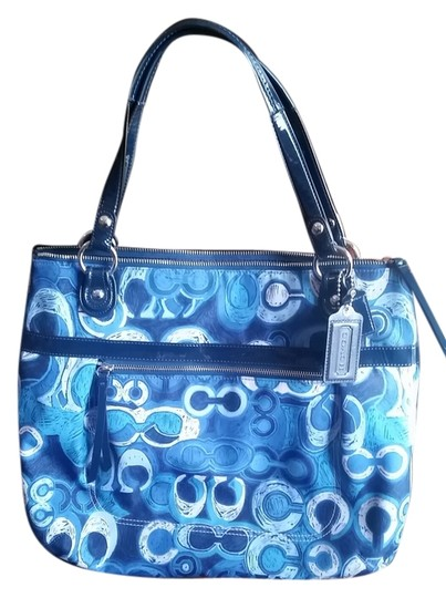 Coach Tote in 5 shades of blue