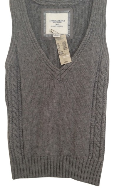 Preload https://item5.tradesy.com/images/american-eagle-outfitters-sweater-5487784-0-0.jpg?width=400&height=650