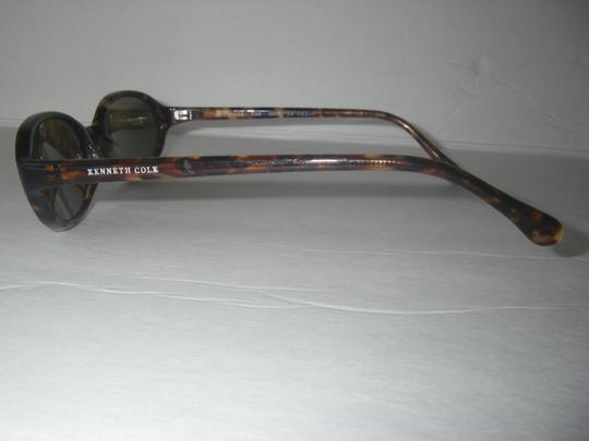 Kenneth Cole Kenneth Cole KC14044 Sunglasses Tortoise Frame Amber Lens