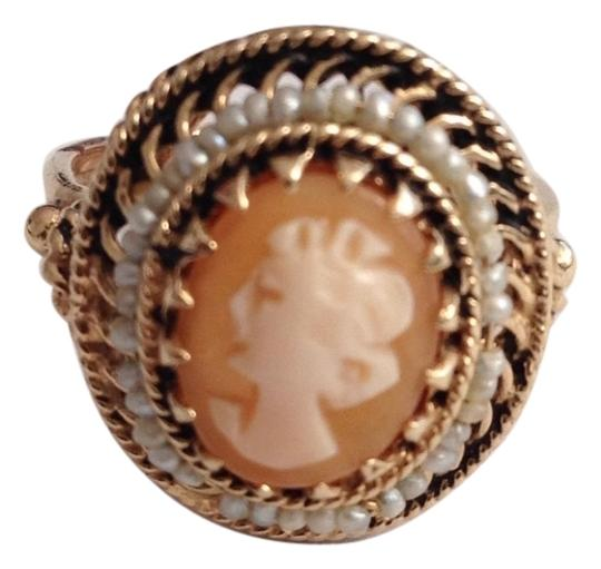 Preload https://item2.tradesy.com/images/gold-white-salmon-cream-ring-5488501-0-0.jpg?width=440&height=440