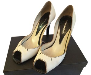 Emporio Armani Classic Cream Pumps