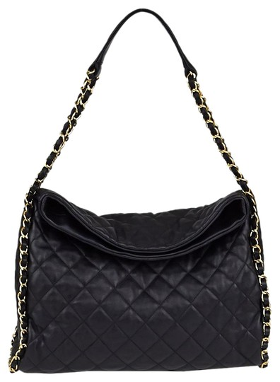 Preload https://item2.tradesy.com/images/chanel-hobo-jumbo-quilted-ultimate-soft-chain-around-tote-black-catfish-leather-shoulder-bag-5489836-0-3.jpg?width=440&height=440