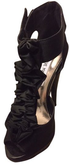 Steve Madden Fabric Ruffles Sexy Stiletto Peep Toe Black Sandals