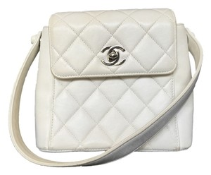 Chanel Leather Lambskin Quilted Baguette
