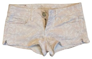 American Eagle Outfitters Mini/Short Shorts Light pink
