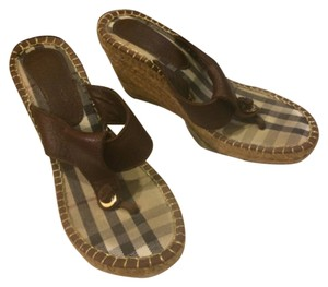 Burberry Thong Brown Wedges