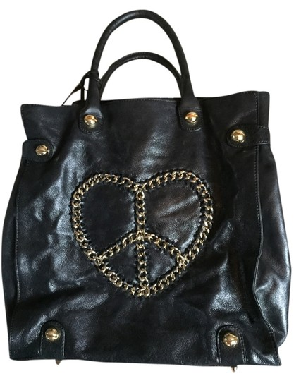 Preload https://item1.tradesy.com/images/betsey-johnson-tote-bag-black-and-gold-5494660-0-0.jpg?width=440&height=440