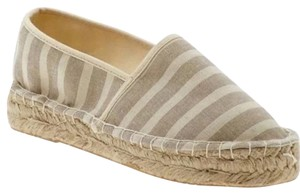 Report Signature beige and white Wedges