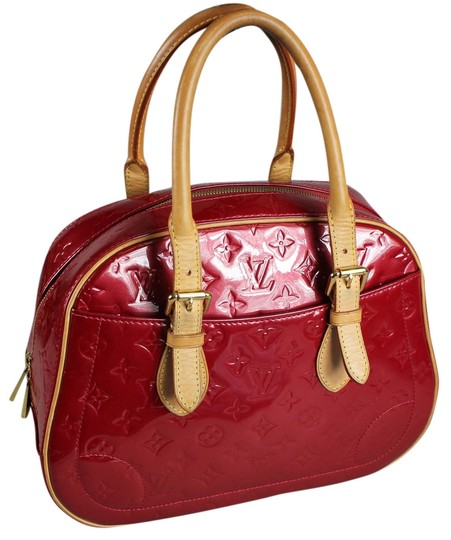 Preload https://item5.tradesy.com/images/louis-vuitton-vernis-summit-drive-embossed-red-leather-satchel-5495434-0-0.jpg?width=440&height=440