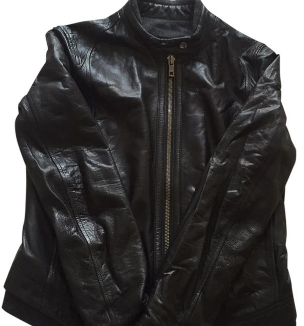 Preload https://item1.tradesy.com/images/andrew-marc-leather-jacket-size-8-m-5495890-0-0.jpg?width=400&height=650