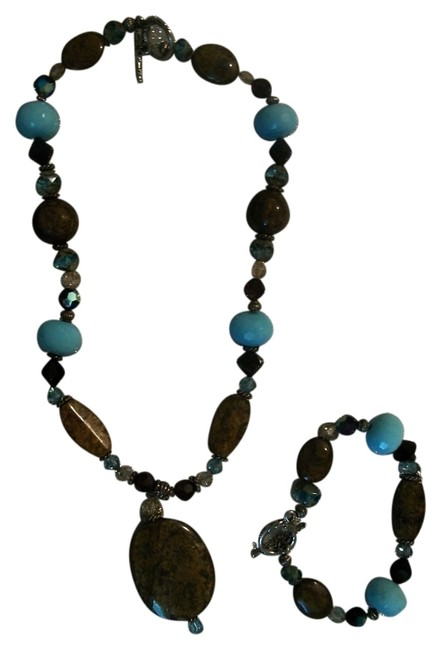 Multicolor Contemporary Native American Handmade Stone & Bead Necklace Bracelet Set Multicolor Contemporary Native American Handmade Stone & Bead Necklace Bracelet Set Image 1
