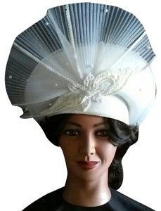 Vintage White Lace Sequence Beaded Flared Ladies Hat