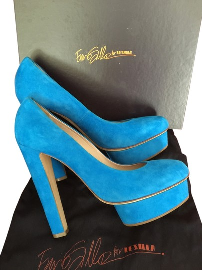 Preload https://item2.tradesy.com/images/le-silla-platform-made-in-italy-turquoise-platforms-5497321-0-0.jpg?width=440&height=440