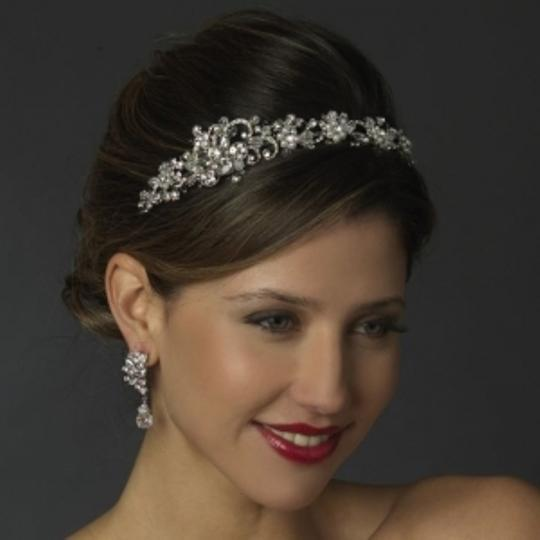 Preload https://item1.tradesy.com/images/elegance-by-carbonneau-silversilver-white-pearl-and-crystal-headband-tiara-54975-0-0.jpg?width=440&height=440