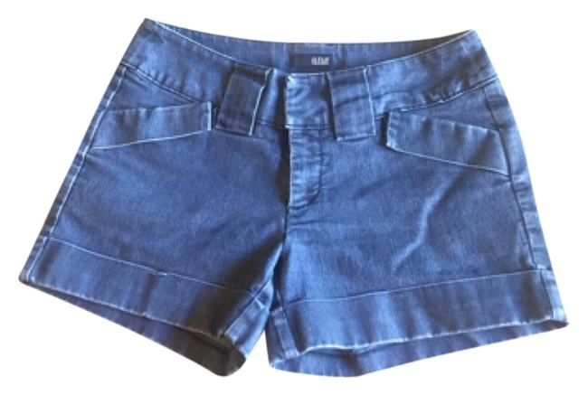 Preload https://item2.tradesy.com/images/ana-a-new-approach-cuffed-shorts-size-8-m-29-30-5497966-0-0.jpg?width=400&height=650