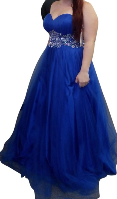 Preload https://item2.tradesy.com/images/royal-blue-sweetheat-neckline-princess-style-gown-long-formal-dress-size-10-m-5498596-0-0.jpg?width=400&height=650