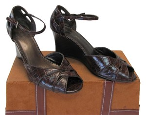 Etienne Aigner Good Condition Reptile Design Size 8.50 M Brown Wedges