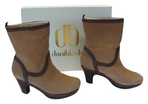 Daniblack Good Condition Size 7.00m Light Brown, Dark Brown Boots