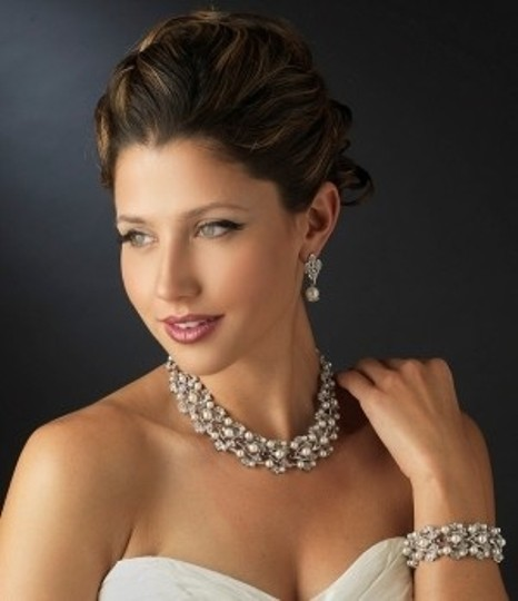 Silver/Silver Pearl and Rhinestone Jewelry Set