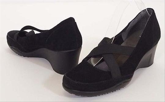 Preload https://item2.tradesy.com/images/aerosoles-aviator-womens-black-suede-leather-wedges-shoes-5501191-0-0.jpg?width=440&height=440