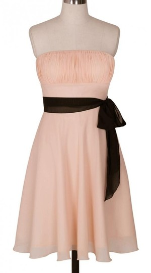 Peach Chiffon Pleated Bust W/ Sash Size:med Feminine Bridesmaid/Mob Dress Size 8 (M)