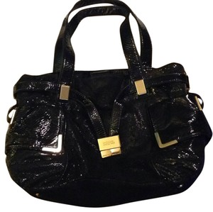 Michael Kors Tote in Black With gold Metal