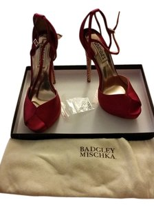 Badgley Mischka Bride Fuchsia Pumps
