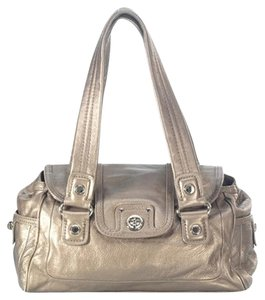 Marc Jacobs Totally Turnlock Satchel in Gold