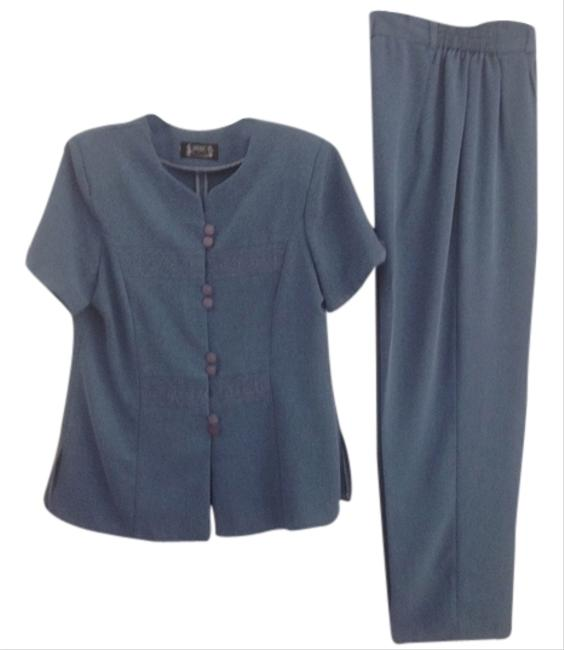 Preload https://item2.tradesy.com/images/other-casual-pantsblouse-5504671-0-0.jpg?width=400&height=650