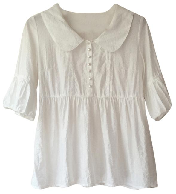 Preload https://item2.tradesy.com/images/white-collar-blouse-size-6-s-5505601-0-0.jpg?width=400&height=650