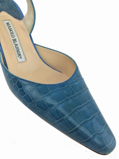 Manolo Blahnik Blue Pumps