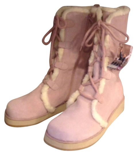 Preload https://item3.tradesy.com/images/roxy-pink-boots-5506432-0-0.jpg?width=440&height=440