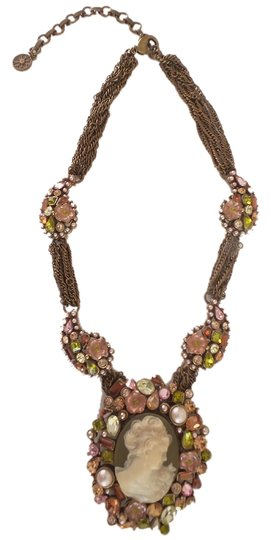 Preload https://img-static.tradesy.com/item/550785/sweet-romance-multicolor-cameo-and-brooch-necklace-0-0-540-540.jpg