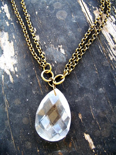 Preload https://item1.tradesy.com/images/crystal-and-gold-sparkling-teardrop-necklace-5509720-0-0.jpg?width=440&height=440