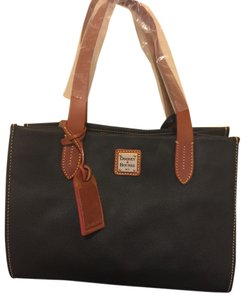 Dooney & Bourke Eva Tote in Black