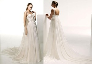 Elie Saab Ivory Chiffon Orion Wedding Dress Size 8 (M)