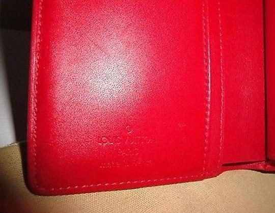 Louis Vuitton Louis Vuitton Red Vernis Kisslock Wallet