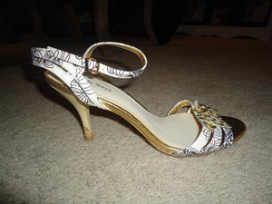 Cindy Says Strappy Heels gold/white/black Sandals