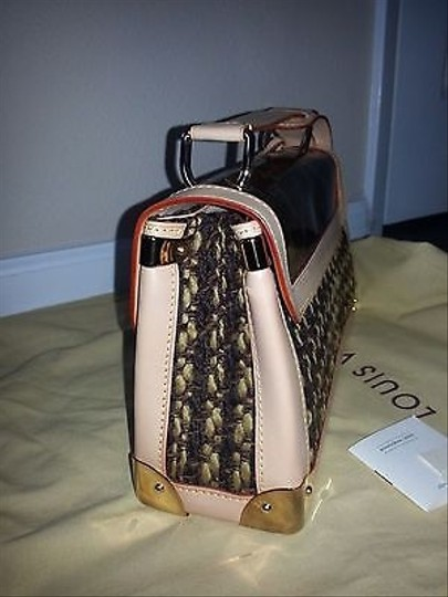 Louis Vuitton Limited Tweedy With Shoulder Bag